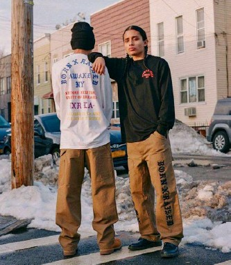 ??  ?? In 2021, a collaboration between Awake NY, BornxRaised and Carhartt WIP.