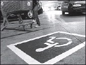 ?? Mark Boster Los Angeles Times ?? THE L.A. CITY Council voted to quadruple fines for fraudulently using disabled parking placards.