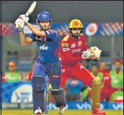 ??  ?? Shikhar Dhawan unleashed a series of pulls and sweeps against the Punjab Kings pacers during his 49-ball 92 on Sunday.