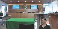 ??  ?? AsPeCto de lA sesión del concilio de Somerton, el martes, en la que se discutió la posibilidad de recortes al gasto municipal.