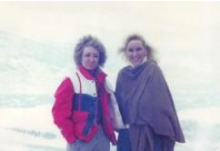 ??  ?? RIGHT Lynn Van Dove and Valerie Silk at Richter Pass