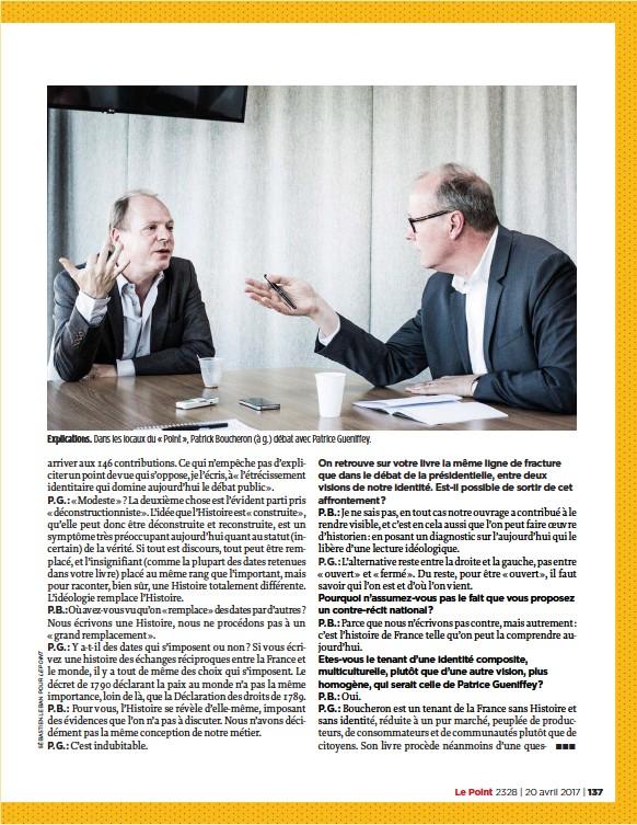 ??  ?? Explications. Dans les locaux du «  Point » , Patrick Boucheron (à g.) débat avec Patrice Gueniffey.