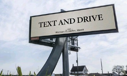 ??  ?? Billboards on the Gardiner and this one at Albion Rd. and Steeles Ave. direct the curious to a website with grim statistics on texting at the wheel.