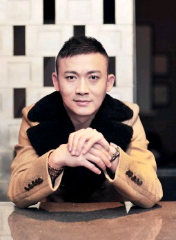 ??  ?? 聂远,演员,生于1978年,以硬汉角色见长,代表作《大唐情史》《雪山飞狐》《绣春刀》,目前正在参加东方卫视《与星共舞》。