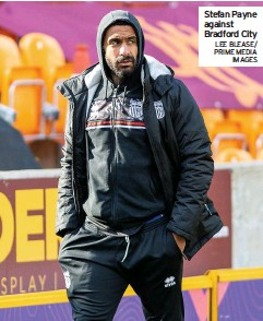 ?? LEE BLEASE/ PRIME MEDIA IMAGES ?? Stefan Payne against Bradford City