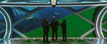 ??  ?? green screen surrounds the practical portion set of the o-level found in the Mana one oceanic Research station. an array of cg-created sea life replaces the greenscreen element