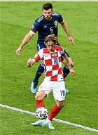 ??  ?? Kroatiens Star Luka Modric gelang ein spektakuläres Tor.