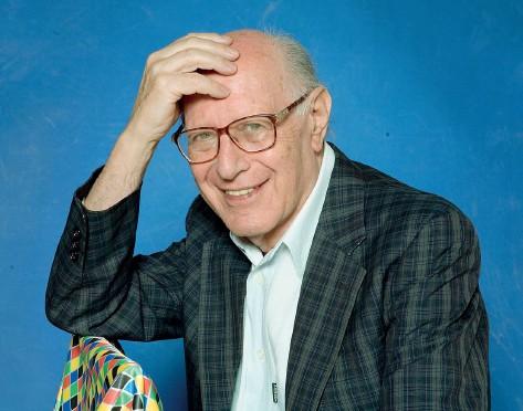 ??  ?? Emanuele Severino (Brescia, 26 febbraio 1929 – Brescia, 17 gennaio 2020) in uno scatto del 2007 (Leonardo Cendamo/Getty Images)