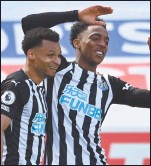 ?? Photo: Sky sport ?? Safe place… Newcastle moved closer to Premier League survival after Joe Willock's late goal capped a thrilling 3-2 win against 10-man West Ham that dented the visitors' bid for a top four finish in the Premier League.