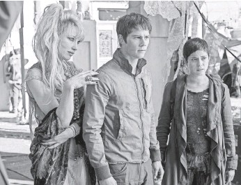 ?? RICHARD FOREMAN JR., TWENTIETH CENTURY FOX FILM ?? Thomas (Dylan O'Brien, center) and Brenda (Rosa Salazar, right) find a deep connection that will be explored more fully in the third chapter of the trilogy.