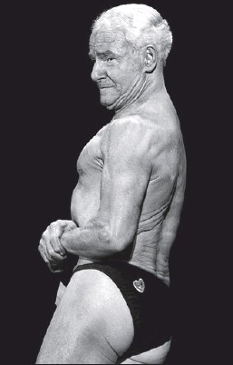 ?? Reuters photo: Mick Tsikas ?? Bodybuilder Ray Moon, who is turning 80 this year, won the Victorian Bodybuilding Championships in Melbourne Sunday.