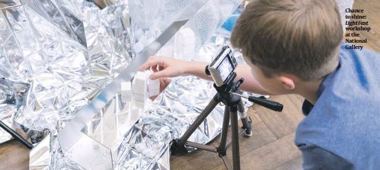 ??  ?? Chance to shine: Light Fast workshop at the National Gallery