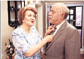 ??  ?? Swift with Patricia Routledge in Keeping Up Appearances. Below: in Romeo and Juliet for Thames TV
