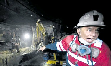 """?? —EV ESPIRITU ?? BIG HELP Mining companies in the country welcomed Executive Order No. 130, saying it was a big help """"in this time of great national difficulty as a result of the COVID-19 pandemic."""" File photo shows an operation of Philex Mining at the Padcal mine in Itogon, Benguet province."""