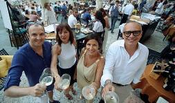 ??  ?? Musica e gusto Luca Carrara, Barbara e Michela Tommasi e Gianpaolo Spinelli