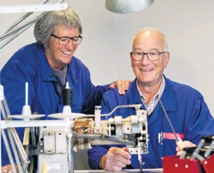 ?? PHOTO: CHRISTINE O'CONNOR ?? Career sewn up . . . Dunedin sewing machine mechanic Murray McDowell and his wife, Sue, are looking forward to retirement after Mr McDowell worked in the industry for 50 years.