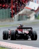 ??  ?? Pour Sébastien Bourdais et sa Toro Rosso, le Grand Prix de Belgique 2008 a compté un tour de trop.