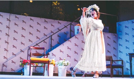 """?? DANIEL MARTÍNEZ/GALA HISPANIC THEATRE ?? Mabel del Pozo won a Helen Hayes Award for GALA Hispanic Theatre's """"Yerma"""" in 2015, but she and director José Luis Arellano can't recapture the magic in """"Doña Rosita the Spinster."""""""