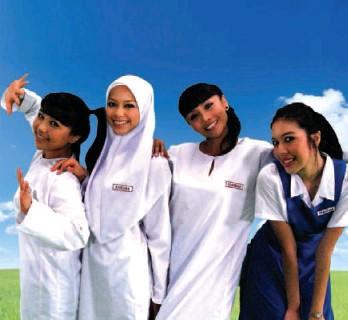 ??  ?? Web drama: (from left) Elliza Abdul Razak, Sari Yanti Mohamad Nazari, Wan Sharmila Wan Mohamad and Faralyana Md Idris star in KisahKaisara.