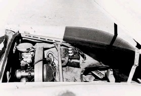 ??  ?? Below right: Ventilation slots in the engine bay's periphery matched those in the rear deck lid. As pictured early in the 356's life, the engine had a single special carburettor. No spare wheel was carried