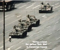 ??  ?? Taking a stand: the defiant 'Tank Man' in Tiananmen Square