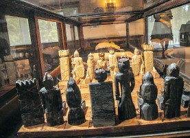 ??  ?? A chess set made by a prisoner on death row is a portal to a different world and is part of the museum's Across the Divide collection.