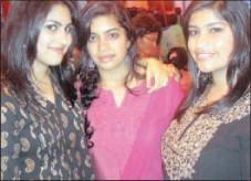 ??  ?? Ruchika Thiranandani, Remina Nair and Natasha Nair spotted at the Diwali bash.