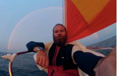 ??  ?? Selfie from Mighty Sparrow's bow – a rainbow sweeps the horizon