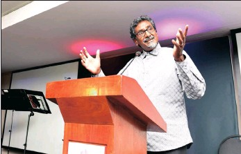 ??  ?? Keynote speaker Jay Naidoo at the Conscious Companies Awards. Naidoo said in his address delivered at the event that business has to decide whether it is prepared to play a new role in shaping the future for this country.