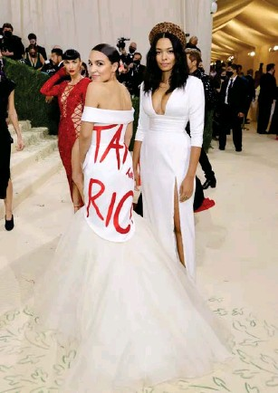 ?? (Getty) ?? The politician's gown was a high - fashion political statement