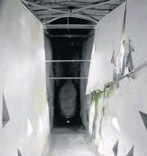 ??  ?? El monumento está hecho en concreto. Así se observa el daño de un brazo desde la parte interna.