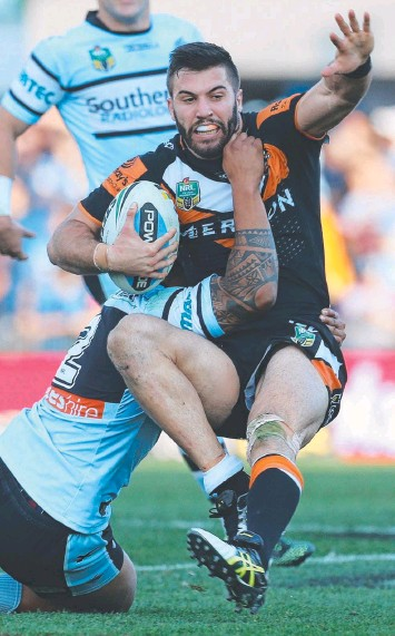 ?? Pictures: AAP, Getty Images ?? POINT OF DIFFERENCE: James Tedesco will captain GT's Socialites this week while Lachlan Coote (left) will be promoted from the bench.