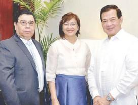 ??  ?? Mexican Ambassador Gerardo Lozano Arredondo, Trade Undersecretary Nora Terrado and Thomas Alcantara.