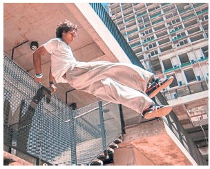 ?? — Handout ?? Parkour class by MoveParkour Malaysia lets you run, jump and leap as far as you can.