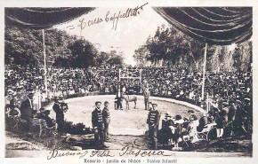 ??  ?? Postal del Jardín de Niños en el parque Independencia, donde había animales pero también un espectáculo circense dentro del predio.