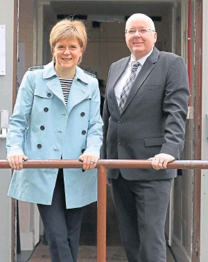 ??  ?? First Minister Nicola Sturgeon and her husband Peter Murrell, SNP chief executive