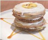 ??  ?? Lemon Meringue Torte