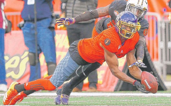 ?? | AP ?? Receiver Zay Jones ( East Carolina), who had six receptions for 68 yards and a touchdown for John Fox's North team, says his game improved while being with the Bears' staff.