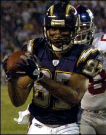 ?? 2005 PHOTO BY DENIS POROY — ASSOCIATED PRESS ?? Former Chargers wide receiver Keenan McCardell is a 16-year veteran.
