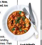 ??  ?? Cook School's cauliflower curry