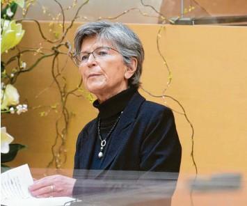 ?? Foto: Sven Hoppe, dpa ?? Susanne Breit‰keßler, die Vorsitzende des Bayerischen Ethikrates, fordert, dass die Beratungsangebote für Menschen, die von Suizidgedanken besetzt sind, ausgebaut werden. Breit‰keßler: