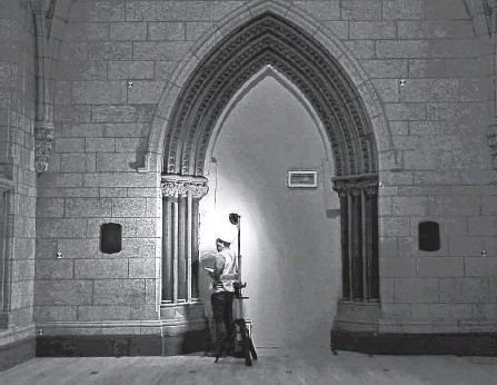 ?? POSTMEDIA NEWS ?? Media were invited to follow a guided tour of the Centre Block construction site in Ottawa Tuesday.