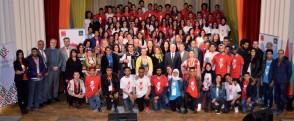 ??  ?? 120 lycéennes et lycéens, membres des clubs de musique de Tunisia 88 de 20 gouvernorats différents sont venus à Tunis pour participer à des formations et à trois événements publics au Centre culturel Mahmoud-Messadi et au Théâtre municipal.