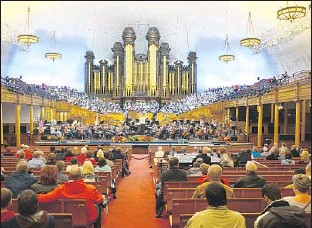 ??  ?? REHEARSALS by the Mormon Tabernacle Choir are free to the public most Thursday nights.