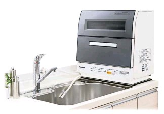 What Makes Panasonic S Dishwasher Unique Is Three Sets Of Rotary Boomerang Type Nozzles Strategically Placed At The Top And Bottom Promising A Thorough