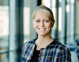 ??  ?? Stine Lise Hattestad Bratsberg er meðeigandi hjá KPMG í Noregi og stýrir þjónustu á sviði sjálfbaerrar þjónustu fyrir opinbera aðila og einkageirann.