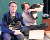 ?? BRITTANY MURRAY — STAFF PHOTOGRAPHER ?? Brothers David, left, and Jack Reid say the family cats bring fun to their virtual classroom, often making an appearance while the two students of the acting conservatory at Orange County School of the Arts are in class or filming auditions.