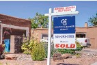 """?? ROBERTO E. ROSALES/JOURNAL ?? A home recently sold just west of Downtown Albuquerque near the Country Club neighborhood. """"If you're coming in at list price ... it's considered a low-ball offer right now,"""" a local real estate expert says."""