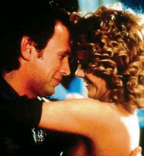 ??  ?? Billy Crystal and Meg Ryan on New Year's Eve in When Harry Met Sally.