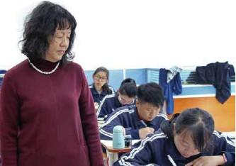 ??  ?? 优秀老教师的到来,让农村地区的孩子也享受到了优质的教学资源